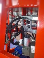 hydraulika poutovych atrakci 4.jpg