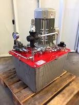 hydraulicky agregat SV NADRZ 250L_05.jpg